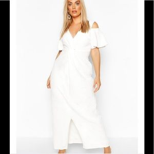 White Boho Plus wedding dress